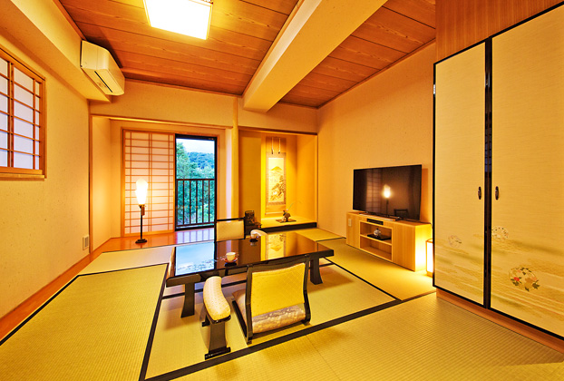 Janapese Room 41 (up to 3 persons) / Japanese garden side